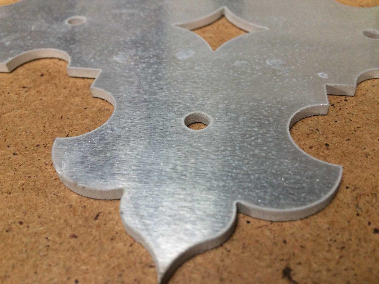 aluminium cięcie kształtów